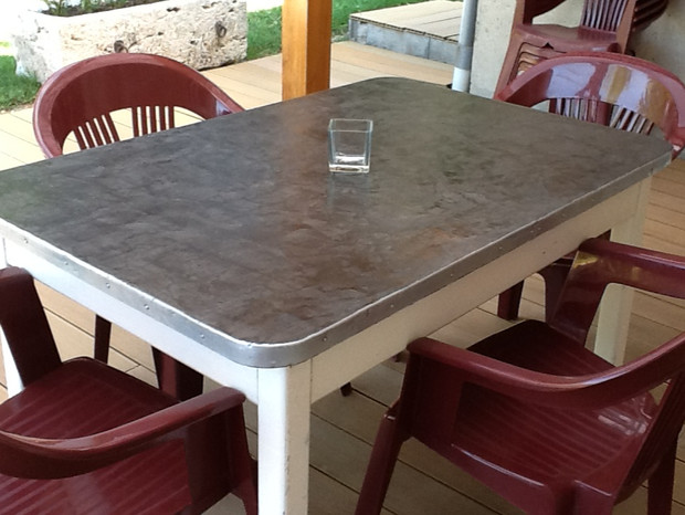 Planificateur de cuisine photo cuisine avec beton cire - Table de salon en beton cire ...